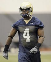 B3: NCAA Football Player Kicked Off Team For Showing Off Cash On Twitter